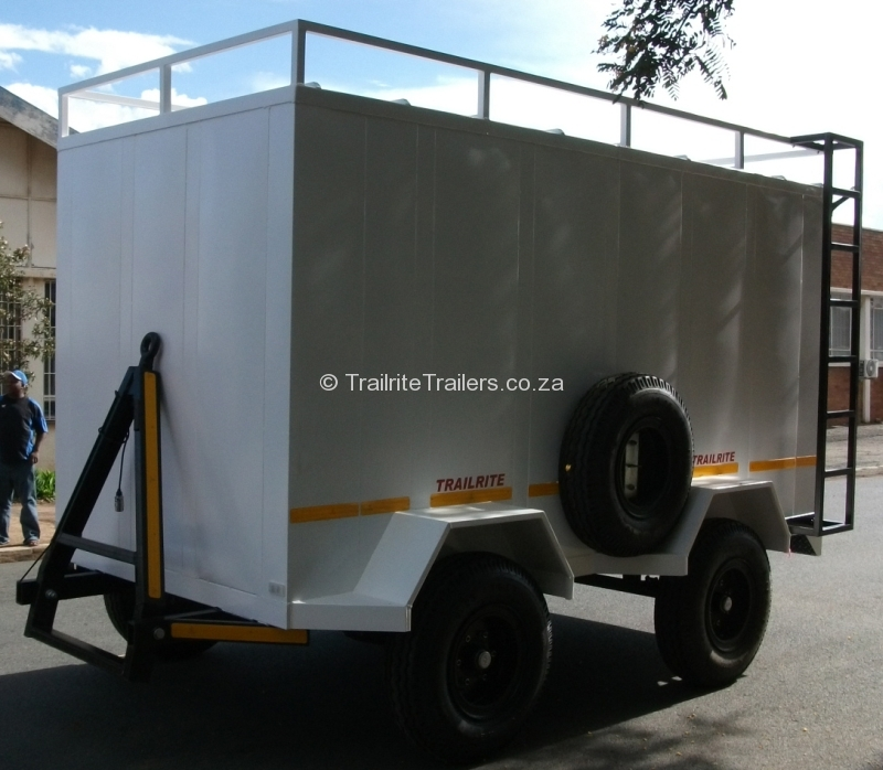 3-ton-luggage-trailer-1