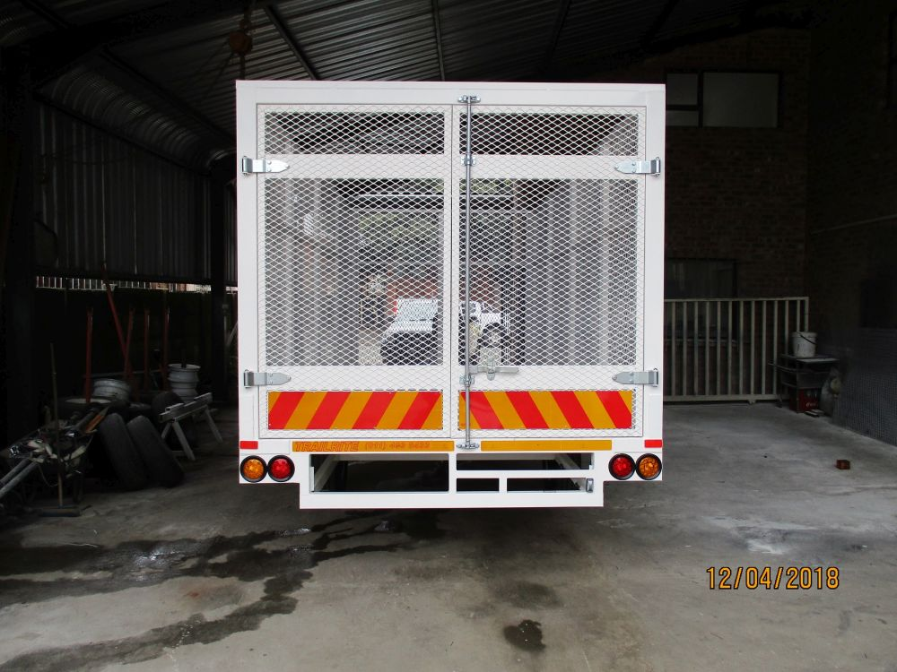 Caged Flatdeck trailer B