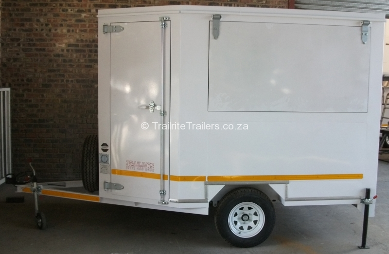 food-trailer_mobile-kitchen-trailer_vending-trailer_concession-trailer-1