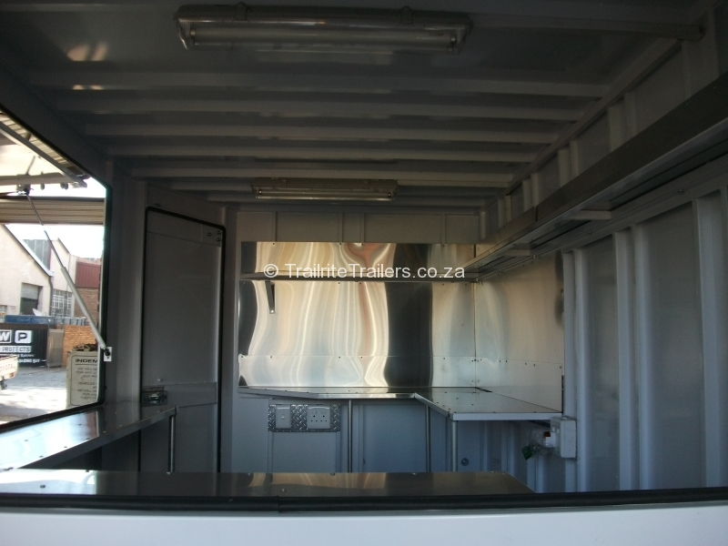 food-trailer_mobile-kitchen-trailer_vending-trailer_concession-trailer_-inside-3