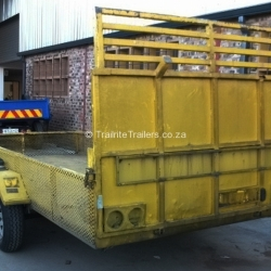 trailer-maintenance-on-car-transporter-trailer-before