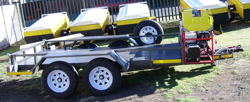 flatbed-trailer-with-utility-box-and-mounted-generator-4