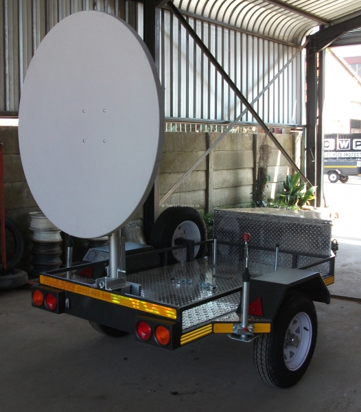 mobile-communications-trailer-3