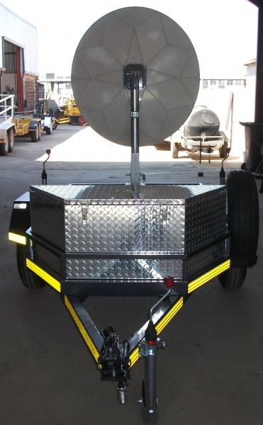 mobile-communications-trailer-4