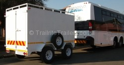 3 Ton Luggage Commercial Trailers behind bus