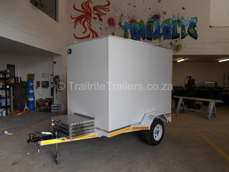 Refrigeration trailer by Trailrite Trailers001